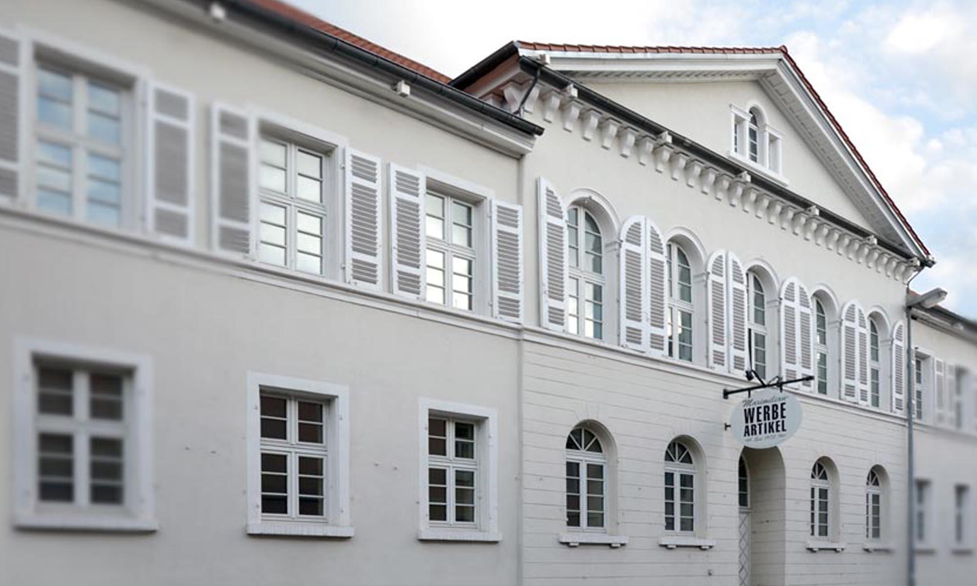 MAXIMILIAN-Werbeartikel-GebäudeMAXIMILIAN-Werbeartikel-Gebäude